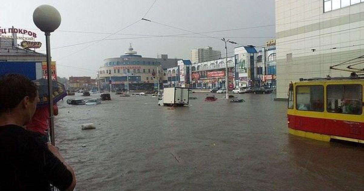 Курск оказался под водой после сильнейшего в этом году ливня. @ ВКонтакте/Типичный Курск