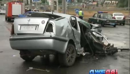 Пять автомобилей столкнулись посреди белого дня в столице