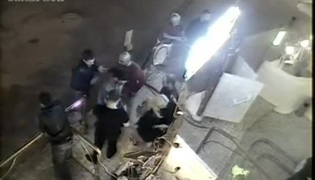 Камери відеоспостереження зафіксували бійку сина голови Апеляційного суду