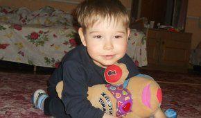 6-річний Святославчик потребує дорогих реабілітацій