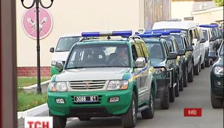 Державна прикордонна служба отримала 70 позашляховиків від Євросоюзу