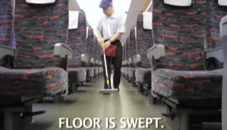 Японцы показали самую быструю уборку поезда
