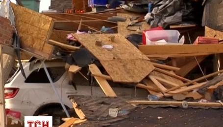 Жители Чикаго оправляются от разрушительных торнадо