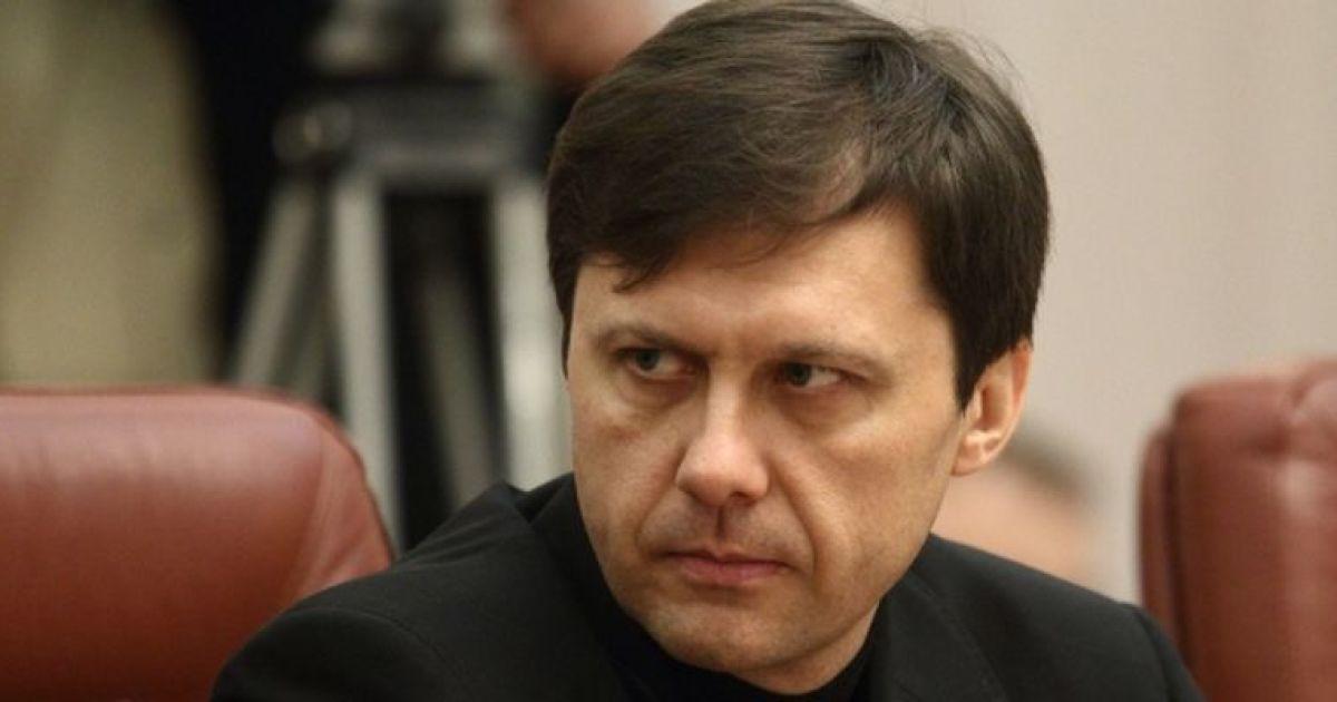 Скандальный министр Шевченко угрожает Яценюку судом