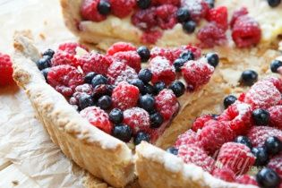 Король летней кухни – ягодный тарт
