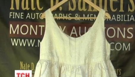 В США распродают гардероб Жаклин Кеннеди