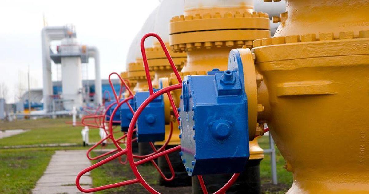 Для прохождения отопительного сезона Украине обещают 300 миллионов на газ