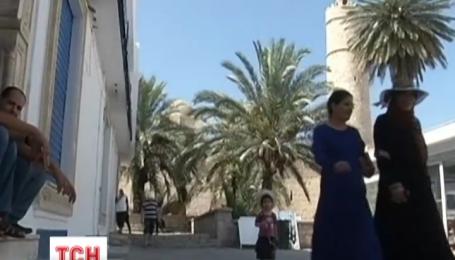 Полиция Туниса арестовала подозреваемых в причастности к расстрелу туристов