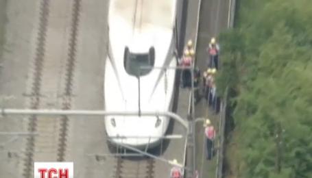 Восемь человек пострадали во время пожара в скоростном поезде в Японии