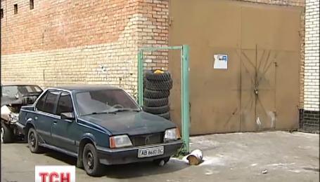 В Киеве из-за пожара на СТО три человека оказались в больнице