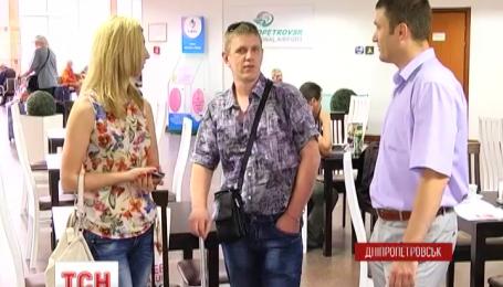Трое украинских военных вернулись в Днепропетровск из Литвы