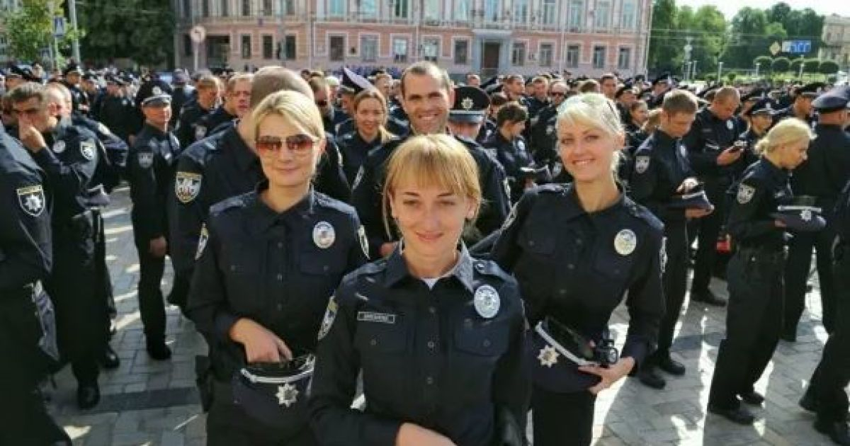 Патрульные примут  присягу @ Hromadske.tv
