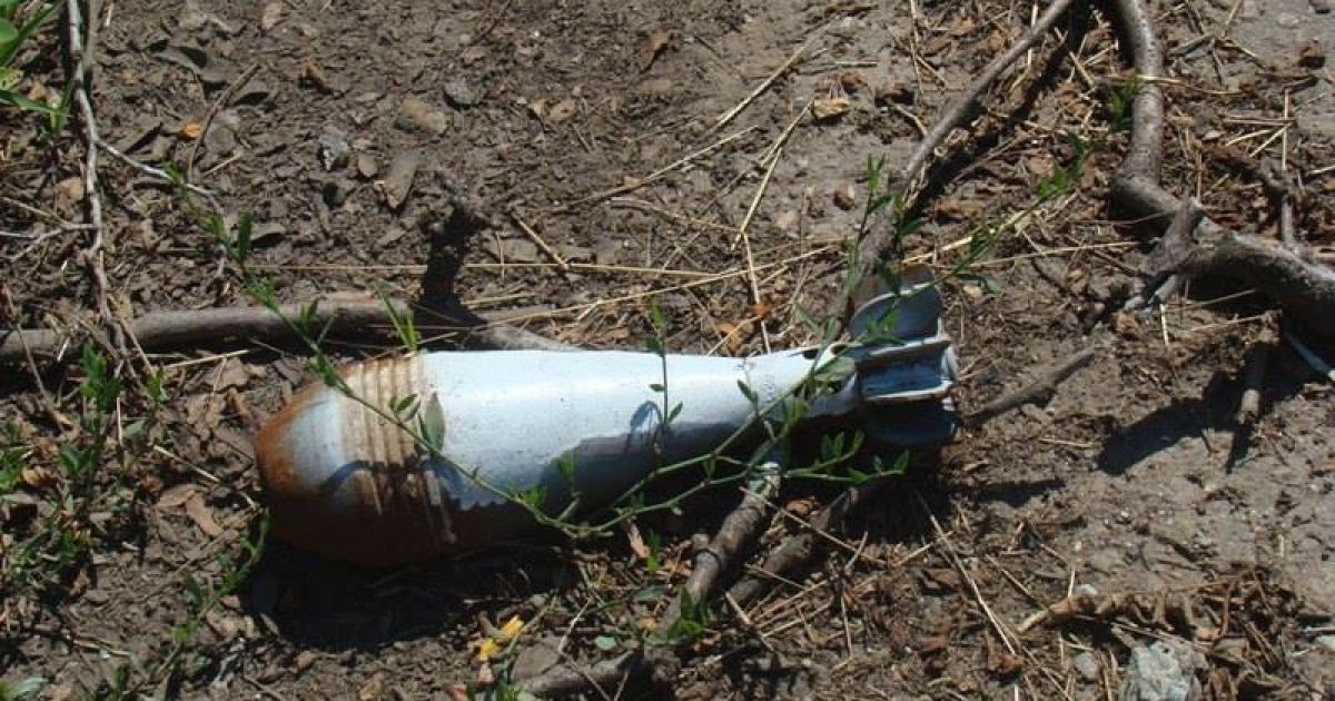 В Крымском двое украинских военных подорвались на растяжке