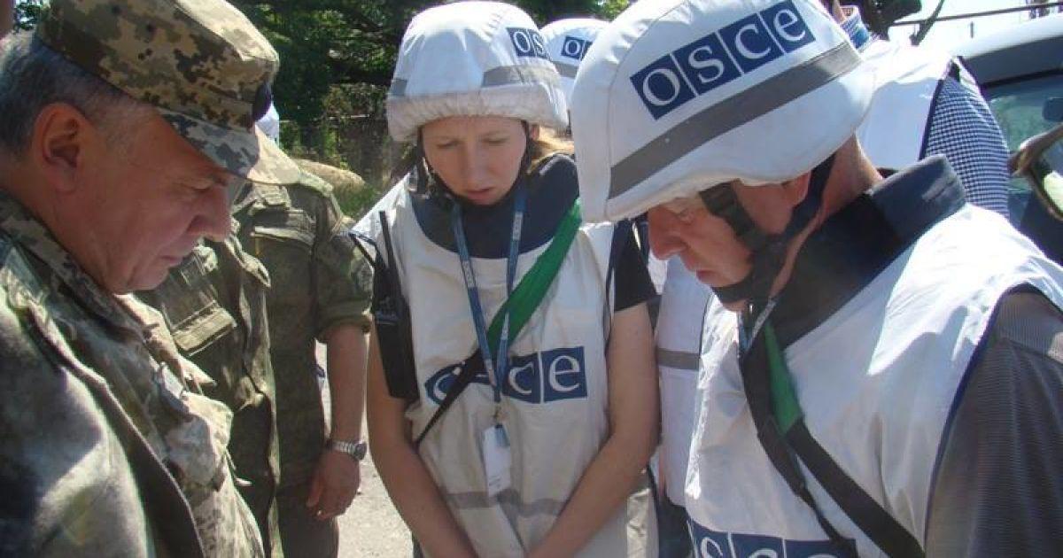 В ОБСЕ прокомментировали сожжение четырех автомобилей миссии в Донецке