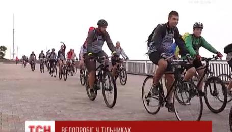 К празднованию дня ВМС в Одессе накануне присоединились велосипедисты