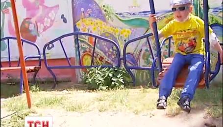 Редкий хромосомный сбой обрек четырехлетнего мальчика на постоянное возвращение рака