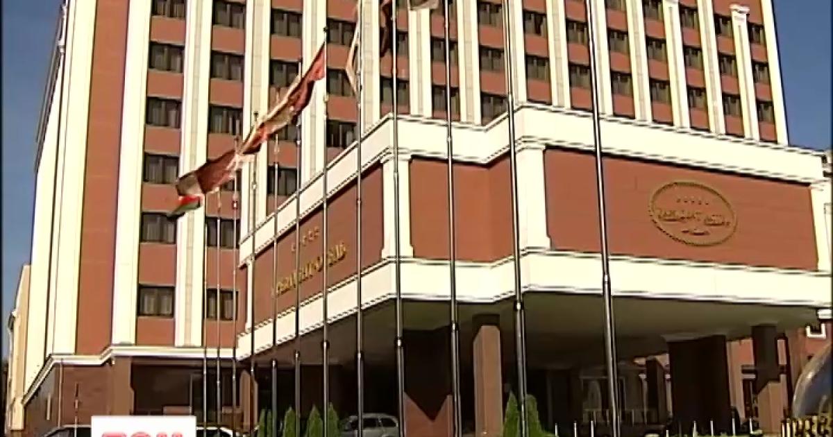 В Минске после 9-часовых переговоров не могут договориться об отводе вооружений на Донбассе