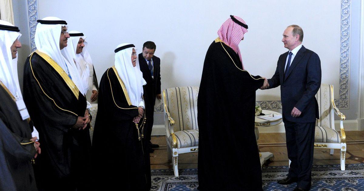 """Саудівська Аравія через """"зраду"""" США пішла на зближення із Росією - Bloomberg"""