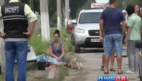 В Мариуполе Lanos врезался в электрический столб