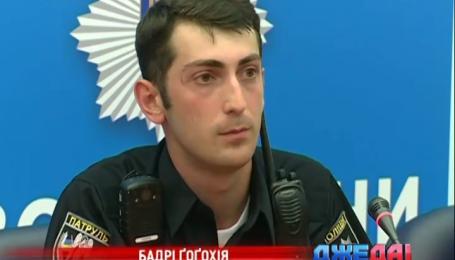 В Киеве новая полиция починила светофор