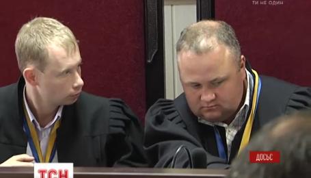 Суд вирішив, що скандальний ректор-утікач Петро Мельник хабарів не брав