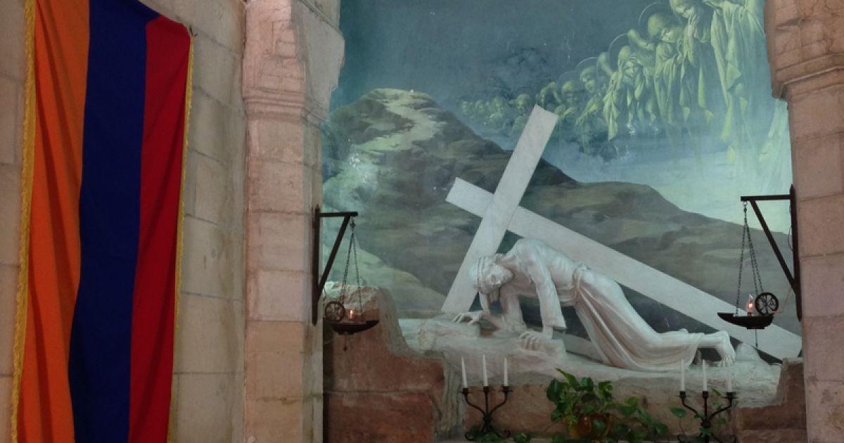 Третя зупинка Ісуса Христа на Віа Долороса, якою він ішов до Голгофи. Нині - під покровительством Вірменської католицької церкви @ Фото: Мирослава Ульяніна