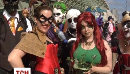 Тысячи фанатов супергероев съехались в Сан-Диего