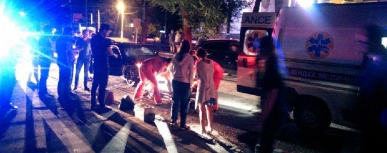 В Одессе мажор на Infiniti сбил двух женщин на пешеходном переходе
