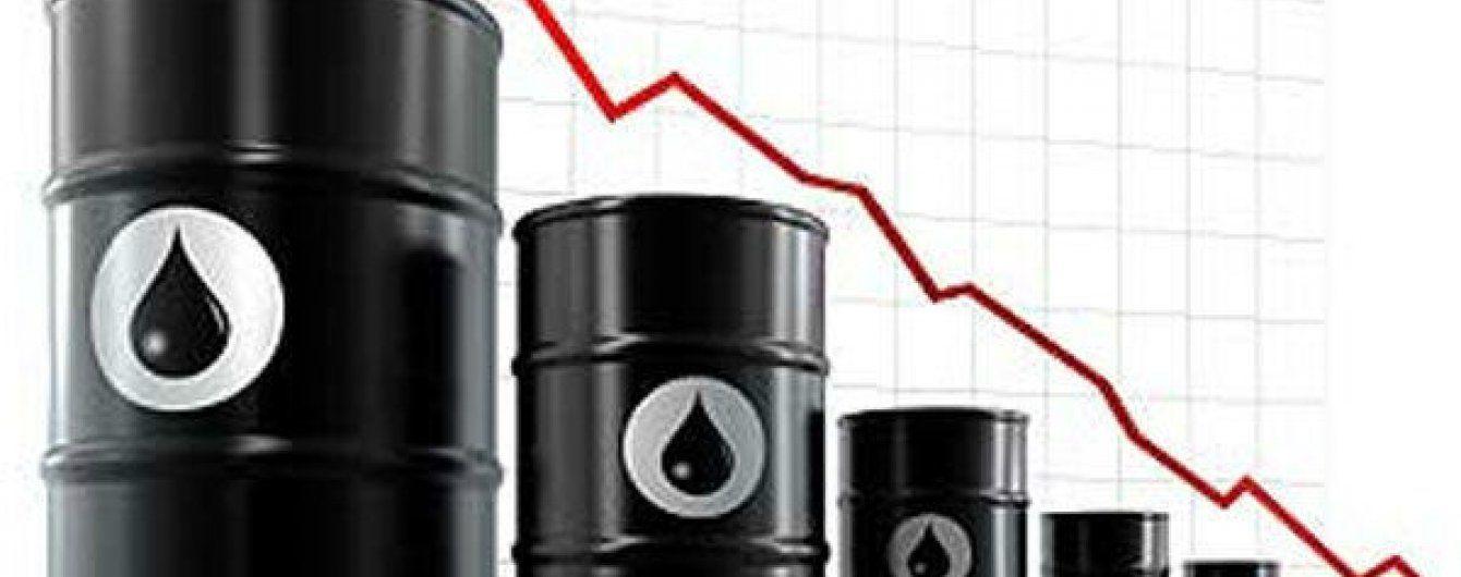 Ціни на нафту почали падати після історичної домовленості з Іраном