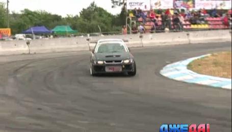 В столице прошли соревнования самых быстрых авто в Украине