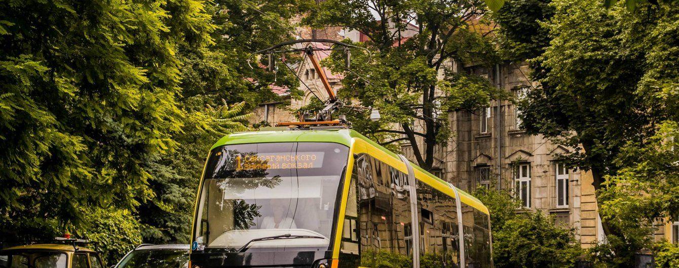 На вулицях Києва з'являться сучасні львівські трамваї-красені
