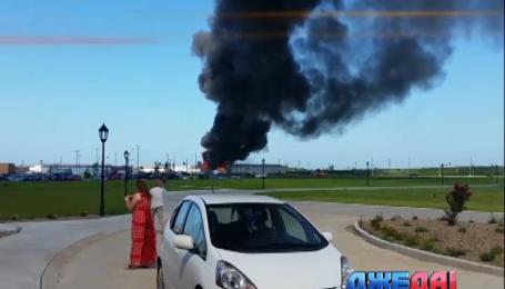 В США огонь охватил газохранилище сжиженного газа