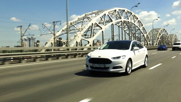 Ford Mondeo 2015_33