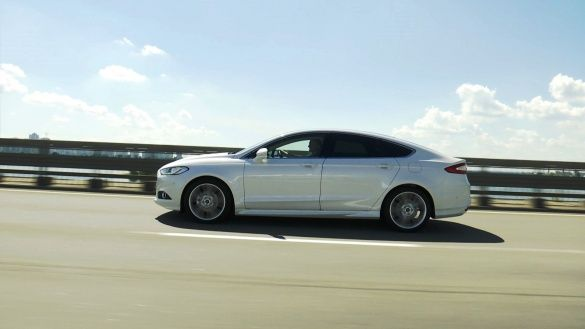 Ford Mondeo 2015_35