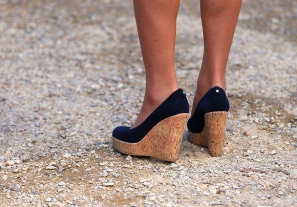Королевские запреты: герцогине Кэтрин не разрешают носить обувь на платформе