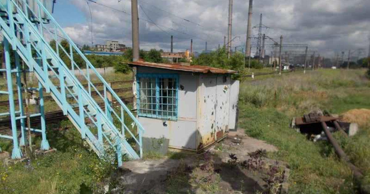 Також бойовики часто застосовують важке озброєння по населених пунктах, які підконтрольні Україні