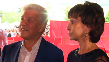 Шоумен Олег Филимонов отпразднует 35 лет брака в Италии