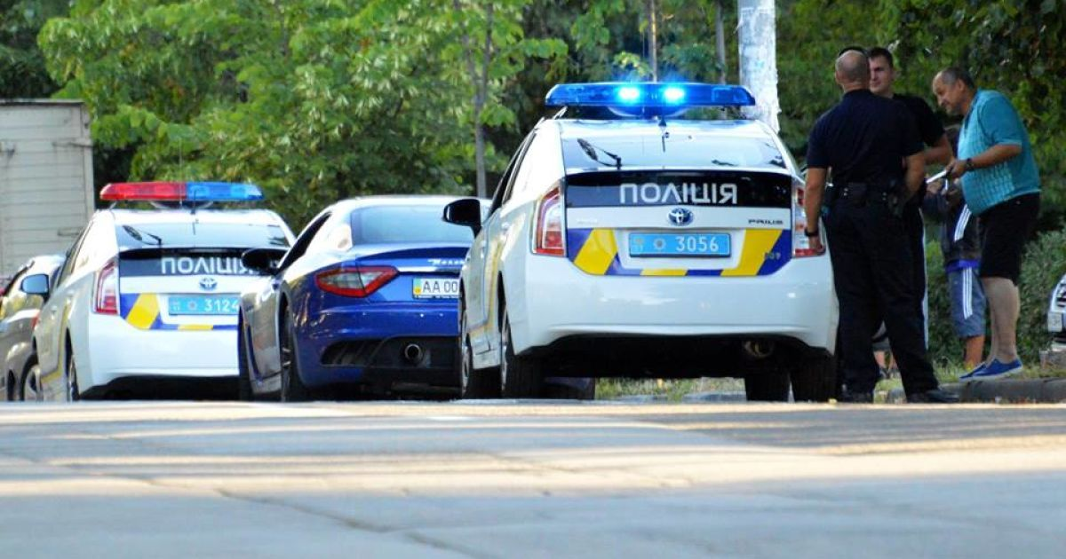 В Киеве полиция схватила пьяного водителя, который оказался участковым инспектором