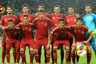 Сборная Испании победила Россию в финале футбольного Евро-2015