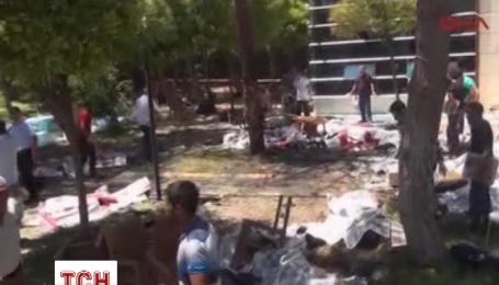 Из-за взрыва в Турции погибли более 20 человек