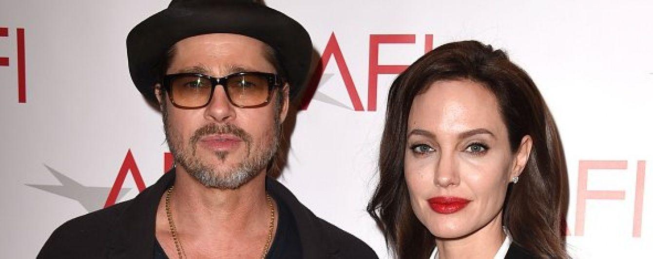 Джолі затягла Бреда Пітта святкувати день народження до Камбоджі