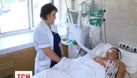 В Днепропетровске чудом спасли бойца 93 бригады, сердце которого было прошито осколком