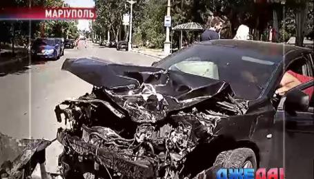 Тройное ДТП произошло в Мариуполе