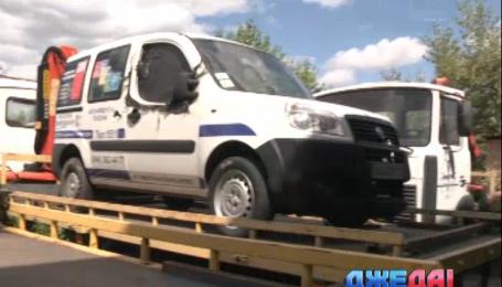 Киевские полицейские смогут эвакуировать авто на штрафплощадки