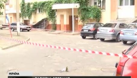 В Ровном неизвестный из травматического пистолета расстрелял мужчину
