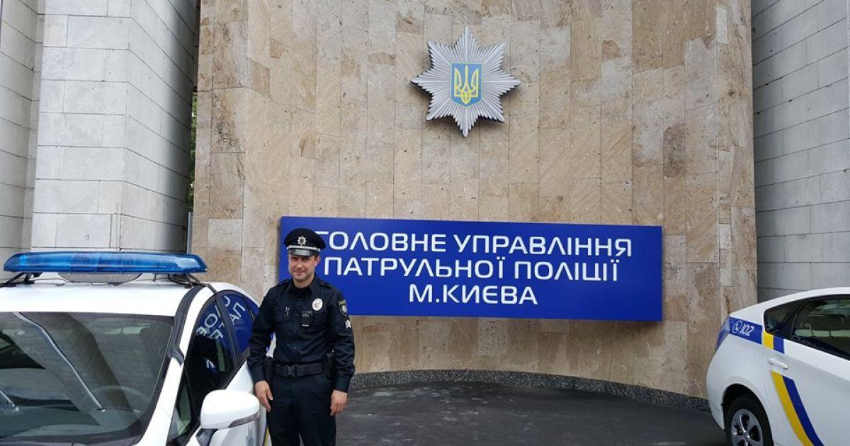 Центр оснащен современной техникой для обслуживания граждан @ Facebook/Арсен Аваков