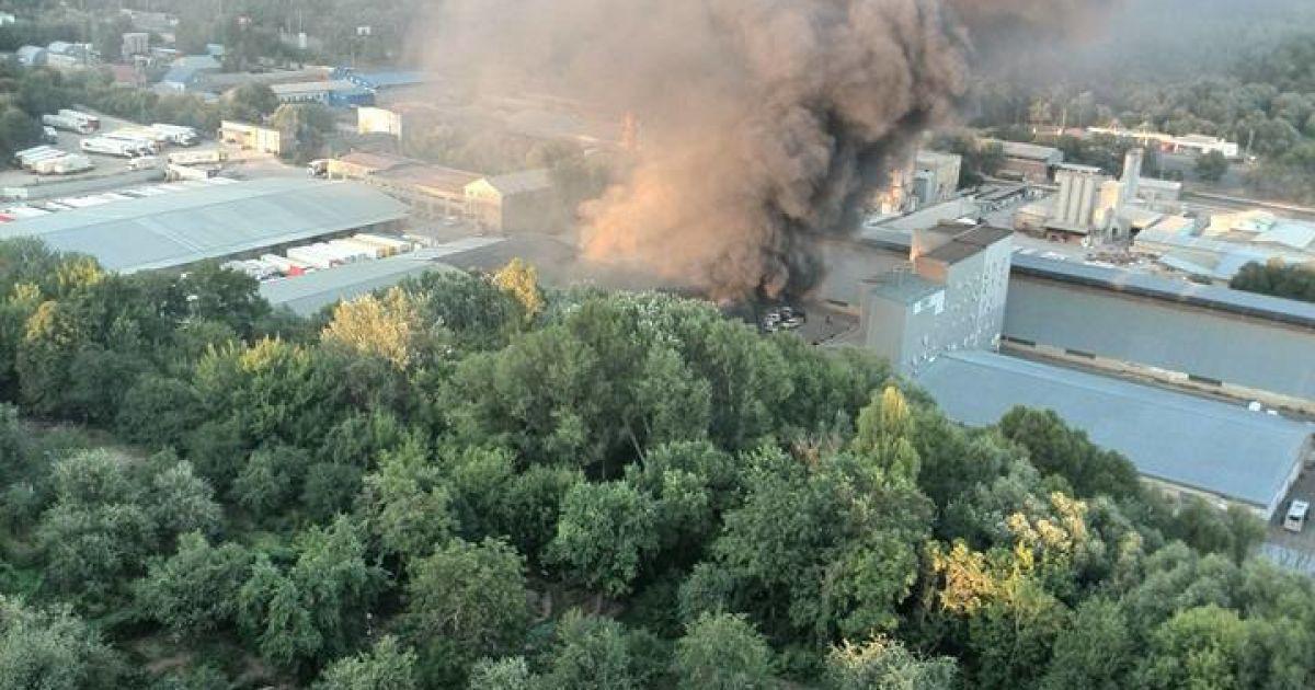 В Голосеевском районе произошел пожар @ facebook.com/stukini