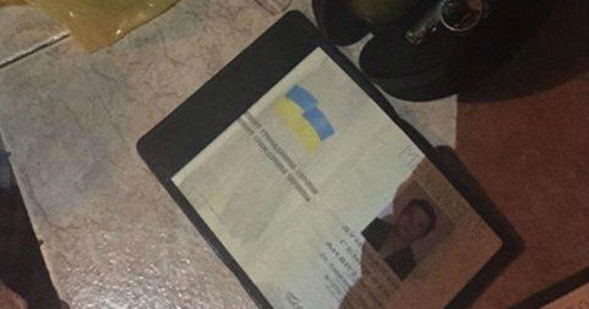 Суд заарештував прокурора-наркоторговця і визначив йому заставу у 2 млн грн
