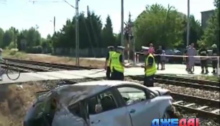 В Польше автомобиль попал под поезд