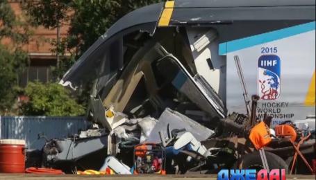 Грузовик спровоцировал аварию на переезде в Чехии